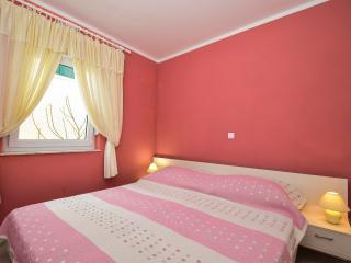 TH01211 Apartments Petričević / One bedroom A1, Zaton