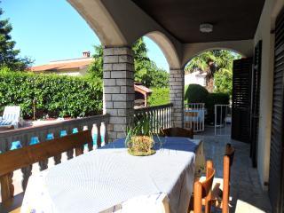 TH00676 Apartments Verbanac / Three bedroom A3, Nedescina