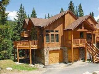 Comfortably Furnished  4 Bedroom  - Moose Meadow Retreat