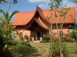 Cozy 2-BR Villa in Krabi!, Khao Thong