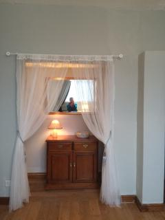 Bedroom 3 alcove