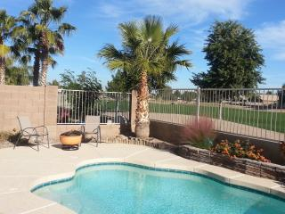3BR Home & Private Pool, Golf, & Mountain Views