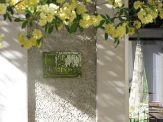 Mas les Micocouliers Villa ' L' Amandier', Montagnac
