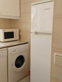 Kitchen, Fridge, microwave, dishwasher and washing machine
