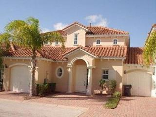 Gorgeous Tuscan Villa minutes from Disney World, Orlando
