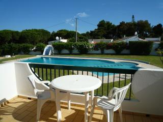 Holiday Home with pool, near to beaches, Albufeira