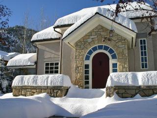 West Ketchum Sun Valley French Cottage