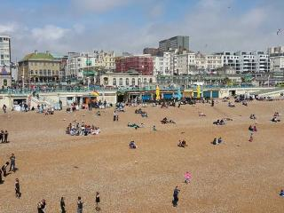 new amazing! apartment-by-the-pier (on seafront), Brighton
