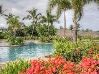 Serenity Villa- 3 Pools, Hot Tubs, Bikes Available, Kailua-Kona