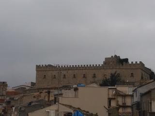 "Case Vacanze  ""LA CASTELLANA"", Montalbano Elicona"