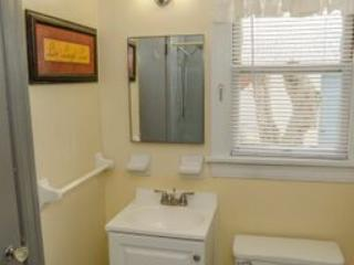 Remodeled Bathroom is Located between the Master bedroom and Guest Bedroom ,is great privacy!