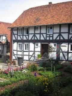 LLAG Luxury Vacation Apartment in Gudensberg - 431 sqft, country style living south of Kassel, comfortable,… #3544
