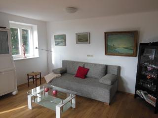 LLAG Luxury Vacation Apartment in Worpswede - 969 sqft, comfortable, modern, stylish (# 4890)