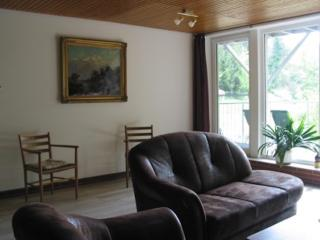 Vacation Apartment in Worpswede - 915 sqft, central, quiet (# 9270)