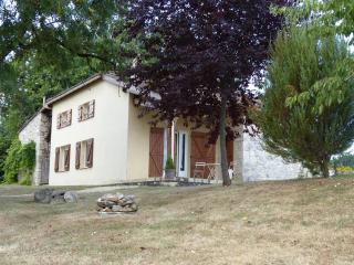 Auvent : Cottage en milieu naturel, Monflanquin
