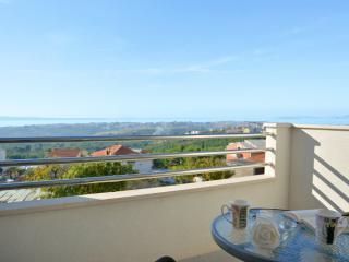 House with heated private pool-Whirpool-beatiful panorama wiew-Split-Kucine