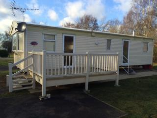 Static caravan in stunning peaceful location, Tattershall