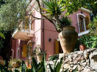 Villa Britannia Private villa in Taormina centre