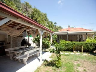 Villa*Tradition & Style* with Mediterranean garden In the center of old town