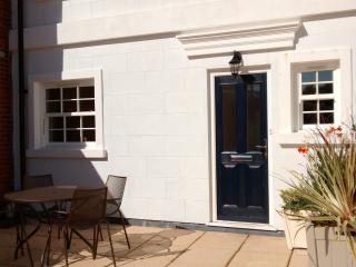 Fabulous south facing sun terrace with views of the Solent and Isle of Wight.  Ideal for dining.