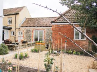 Apricot Cottage in Norfolk