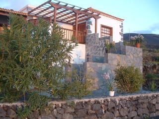 Casa las Viñas, con vistas al mar, y los Volcanes, Fuencaliente de la Palma