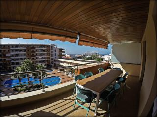 Sunny terrace apartment in Tenerife, Puerto de Santiago