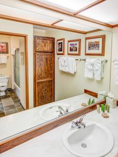 Aspen Creek #215 - 1 Full bathroom