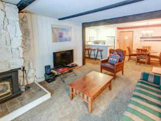 Ideal House with 1 BR/1 BA in Mammoth Lakes (St. Anton #53)