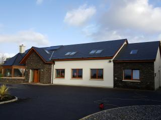 Cosy, spacious, bright and modern!, Cahersiveen