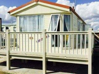 COASTFIELDS HOLIDAY VILLAGE 1 - 8 BERTH CARAVAN WITH VERANDA