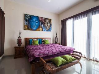 1 bedroom Villa Apart, Livingroom, Private Jacuzzi, Kerobokan