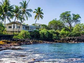 White sand beach Oceanfront SFH for 14 PL pool AC, Kailua-Kona