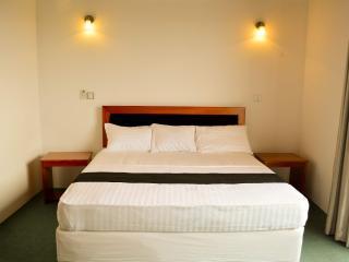 West Inn Colombo (Budget Inn)