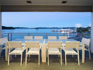 Waterfront Suites Penthouse Paihia
