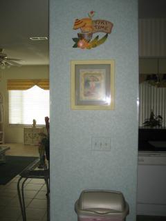 Wall between kitchen/living room
