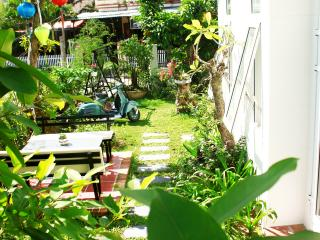 03 Bedrooms Garden House- 100m from public beach, Hoi An