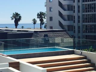 Bantry Bay sea view, modern, pool and serviced