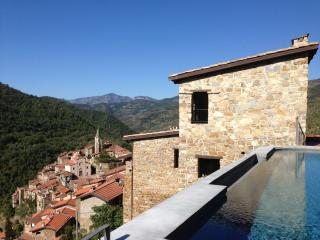 Restored villa w/pool in stunning Ligurian setting, Apricale