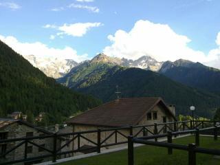Bifocale arredato per vacanze in montagna, Ponte di Legno