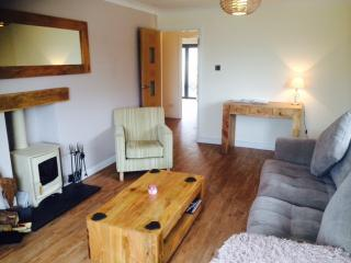 June/ July Discount- Luxury Bungalow April Rise short breaks available, Bleadon