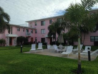 Beachview 1 BR/1BA Condo St. Pete Beach