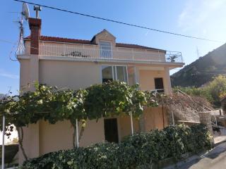 Apartment Memunic 2,Malo Selo,Hodilje,Ston