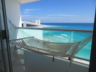 Beach Front Best Location in the Hotel Zone-SALE, Cancun