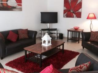 APARTMENT GALE - Town Centre Apartment with Pool, Tavira