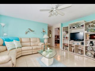 Waterfront Tropical Paradise, Cape Coral