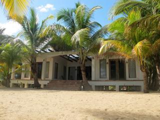 Belize Oceanfront Home, Hopkins