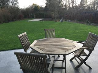 Luxurious home 10 mins walk from Ypres center