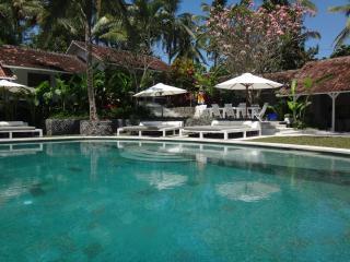 Beautiful 8 Bed 8 Bath Property La Balian Villa & Retreat, Balian, Tabanan