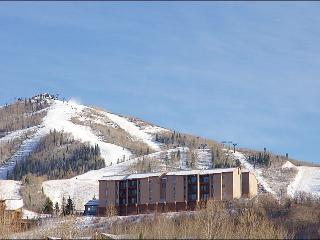 Great location 2BR,2BA--beautiful views & location, Steamboat Springs